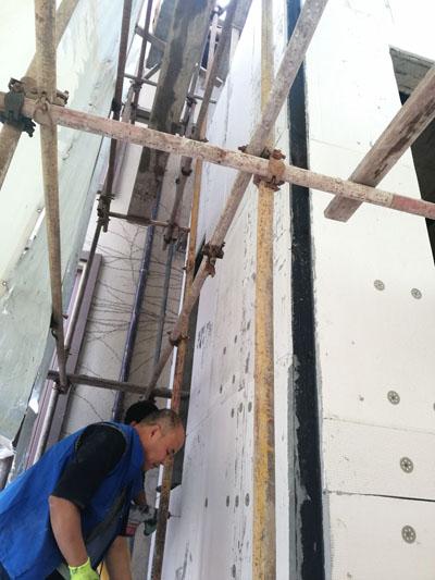 外墙保温板铺贴01.jpg